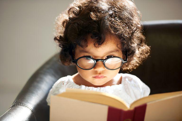 Intelligent little bookworm