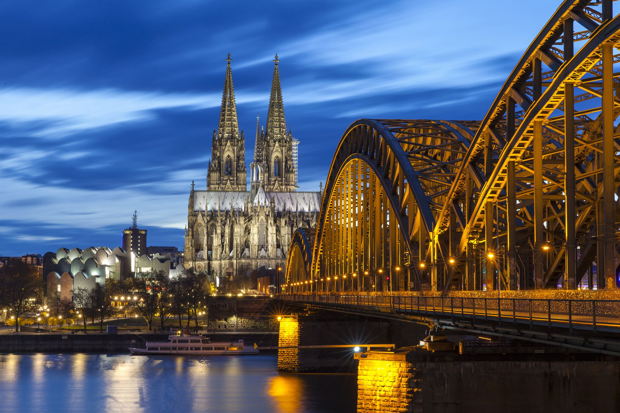 Guide to the Cologne Cathedral in Germany