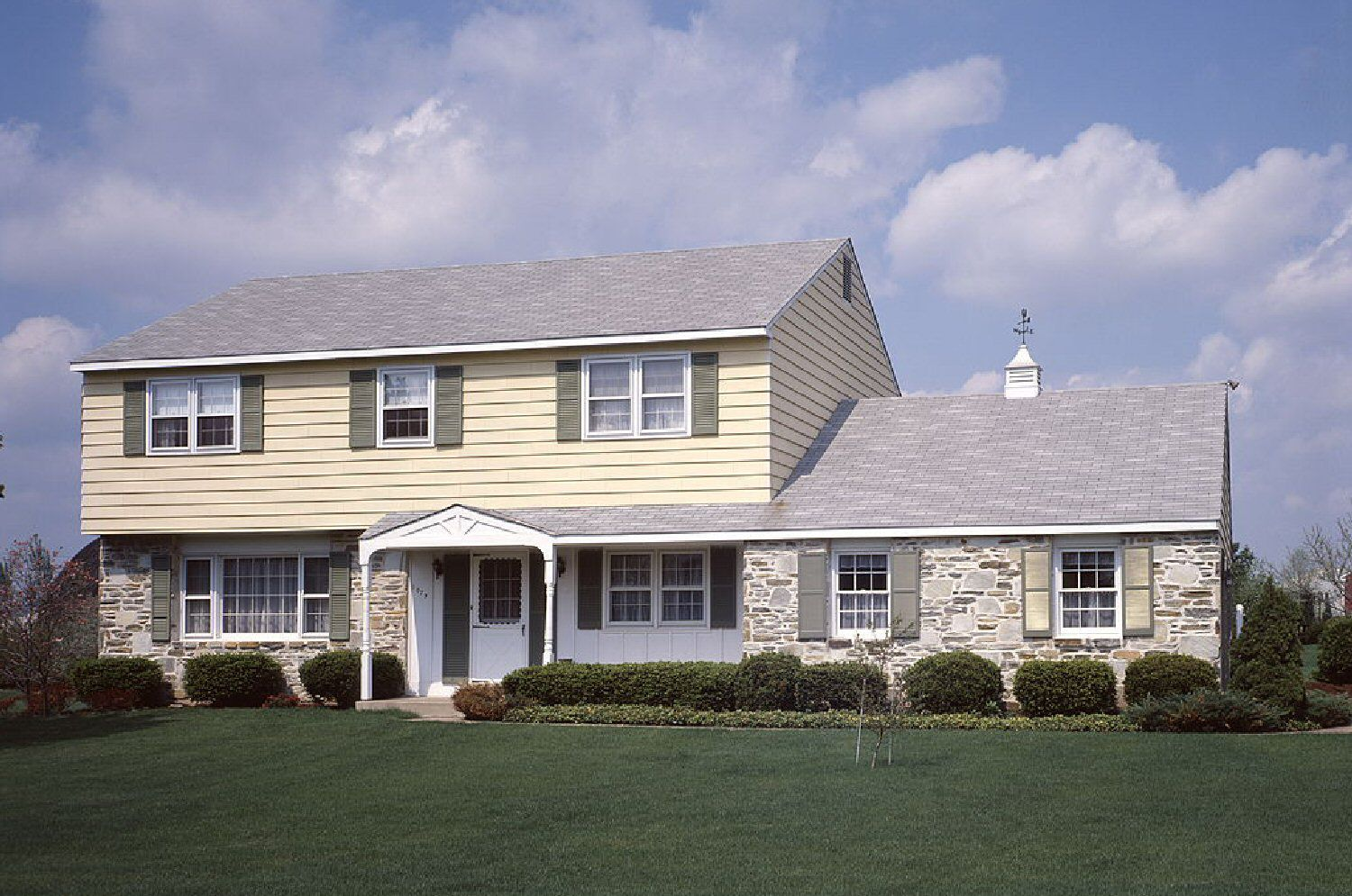 Light shade for home paint colors decorate my house - Homeowners Ask About Exterior Paint Colors