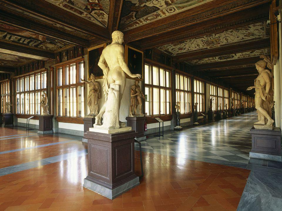 First and second corridor, Galleria degli Uffizi, Firenze, Tuscany, Italy