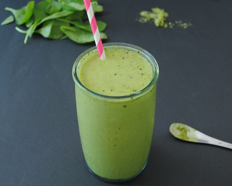 Matcha Mango Anti-inflammatory Green Smoothie