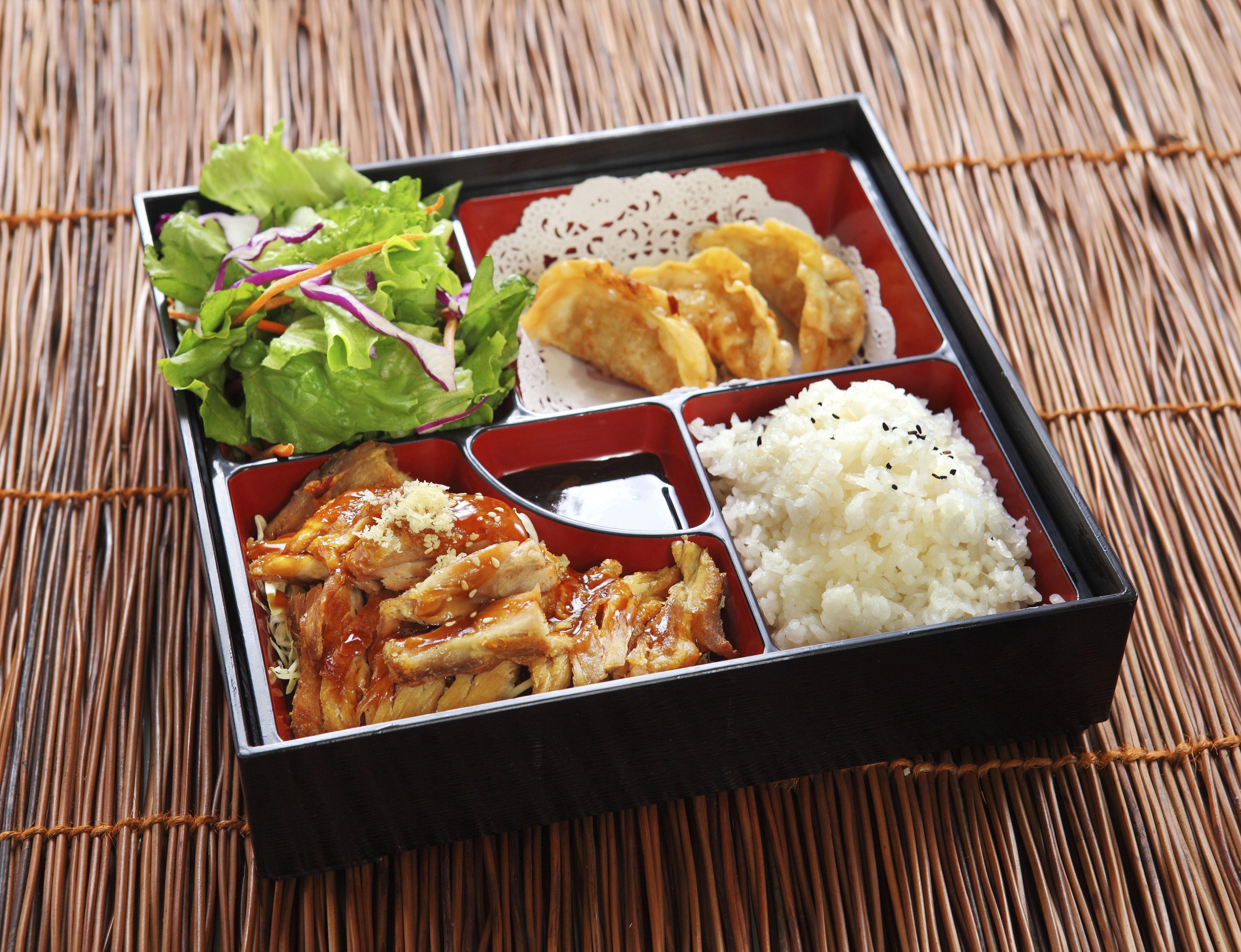 Japanese restaurant style teriyaki chicken the easiest authentic japanese teriyaki sauce recipe forumfinder Images