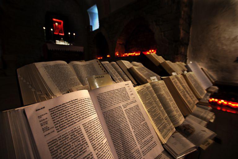 bibles in spain chapel