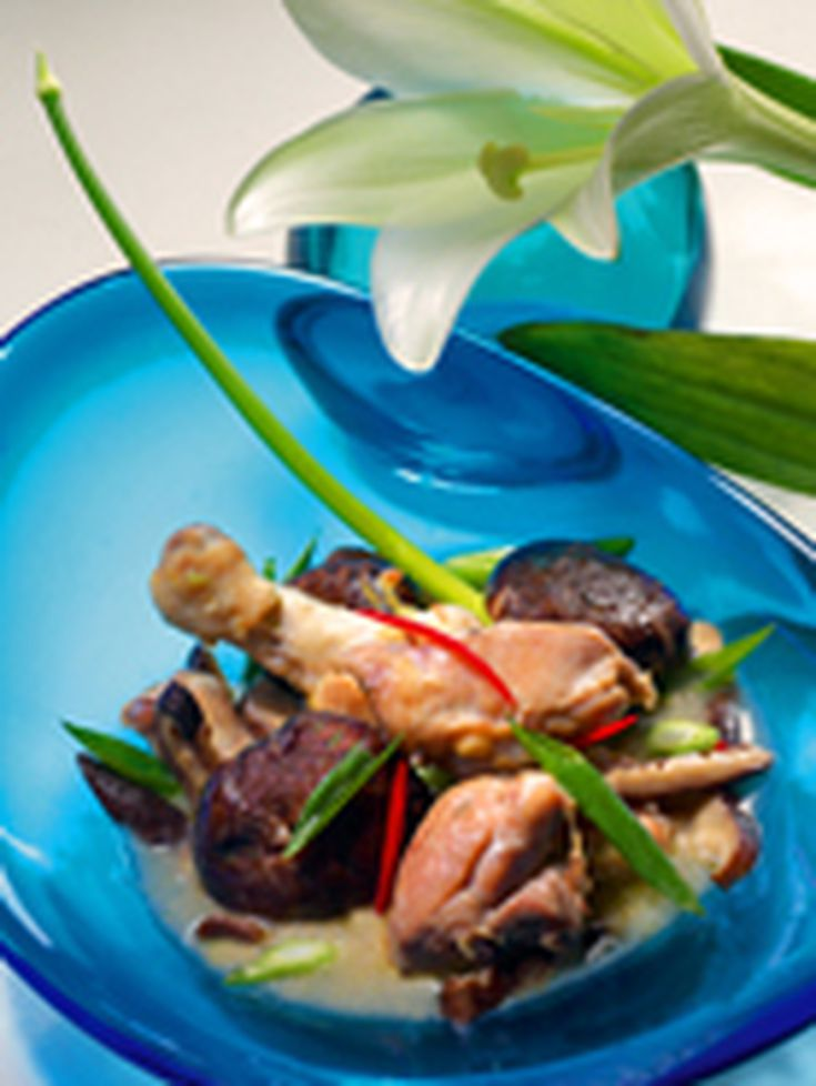 Thai garlic chicken with mushrooms recipe forumfinder Images