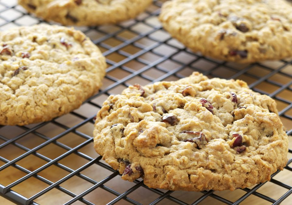Vegan oatmeal cranberry cookies - yum!