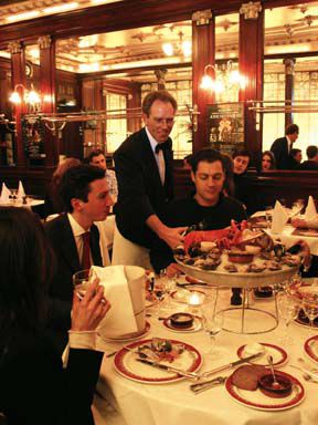 eating out in paris Eating out: riquexo macao nov 10, 2017 eating out, food, macau 0 comment one of the oldest authentic macanese cuisine spot.