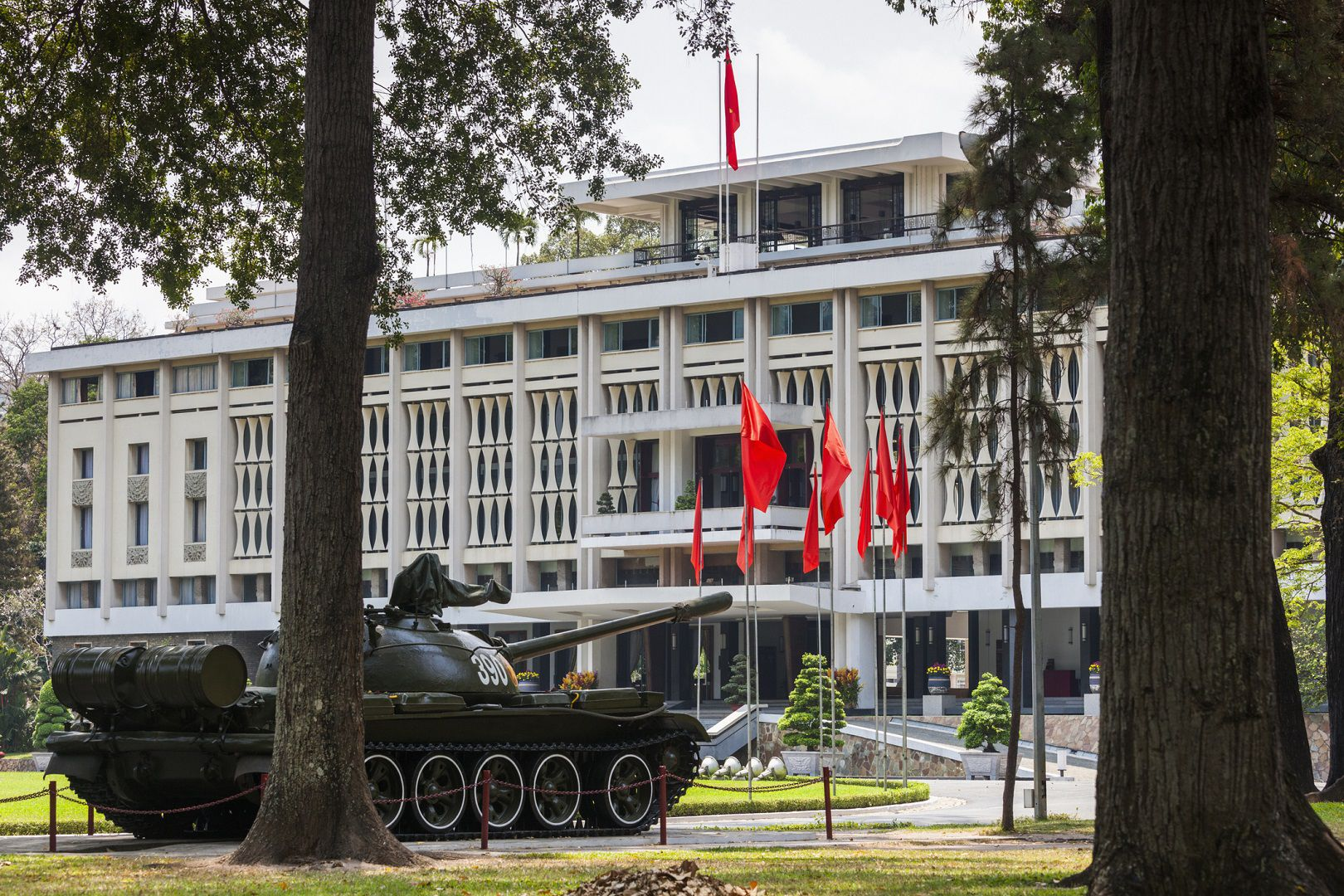 A Visit to the Independence Palace in Saigon, Vietnam