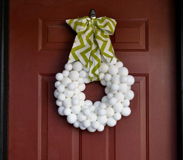 DIY Snowball Wreath