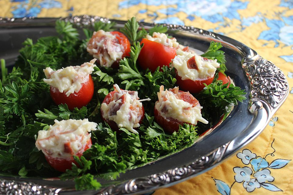 Bacon-Stuffed-Cherry-Tomatoes.jpg