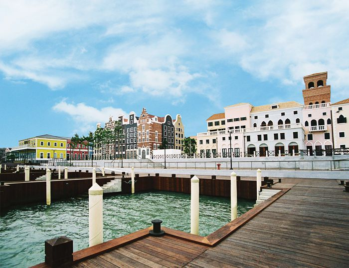 Streets of Fisherman's Wharf in Macau