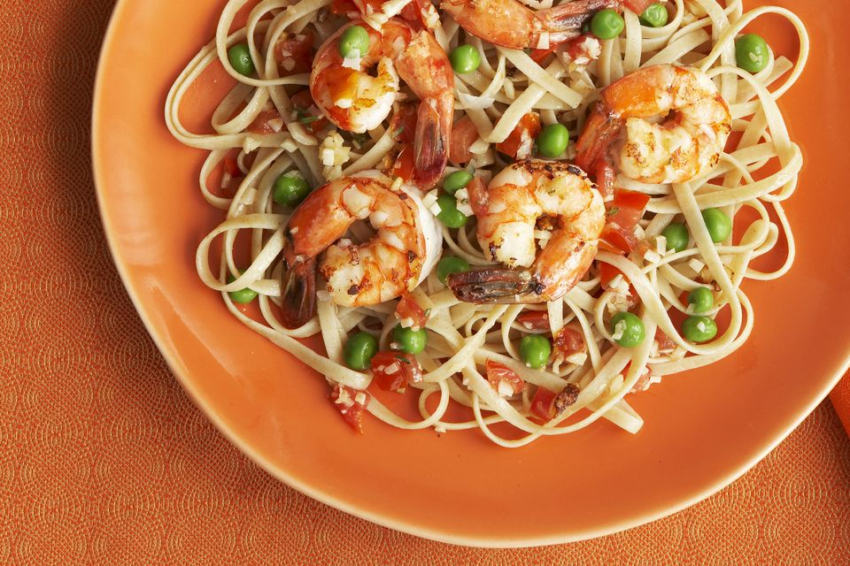 Shrimp with Linguine and Peas