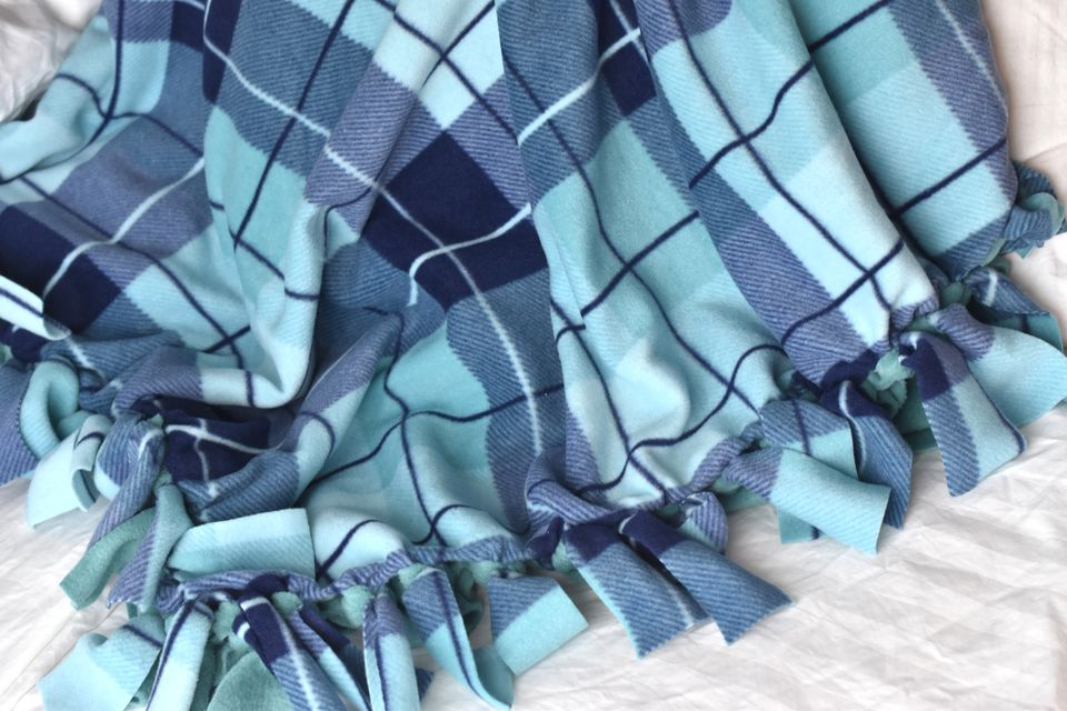 How to Make a Fleece Tied Blanket
