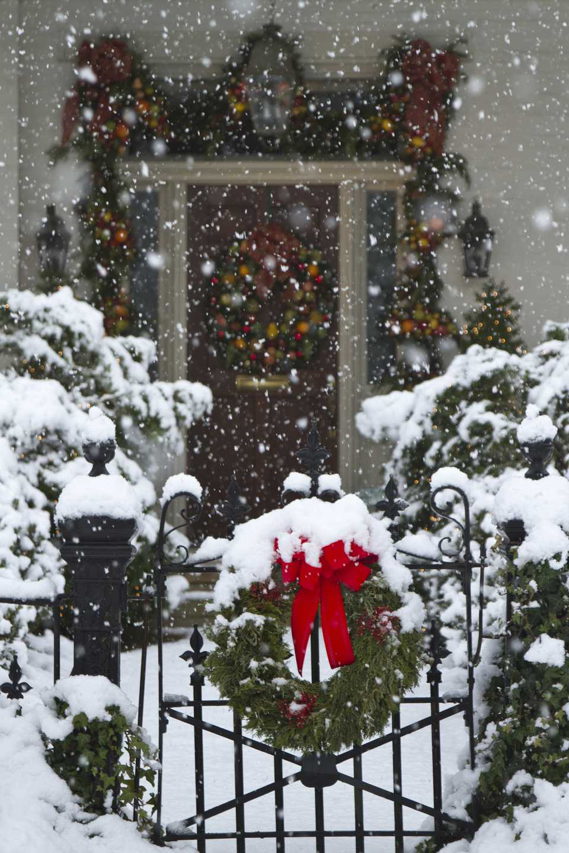 Christmas wreaths covered with snow, Huntsville, Alabama, USA