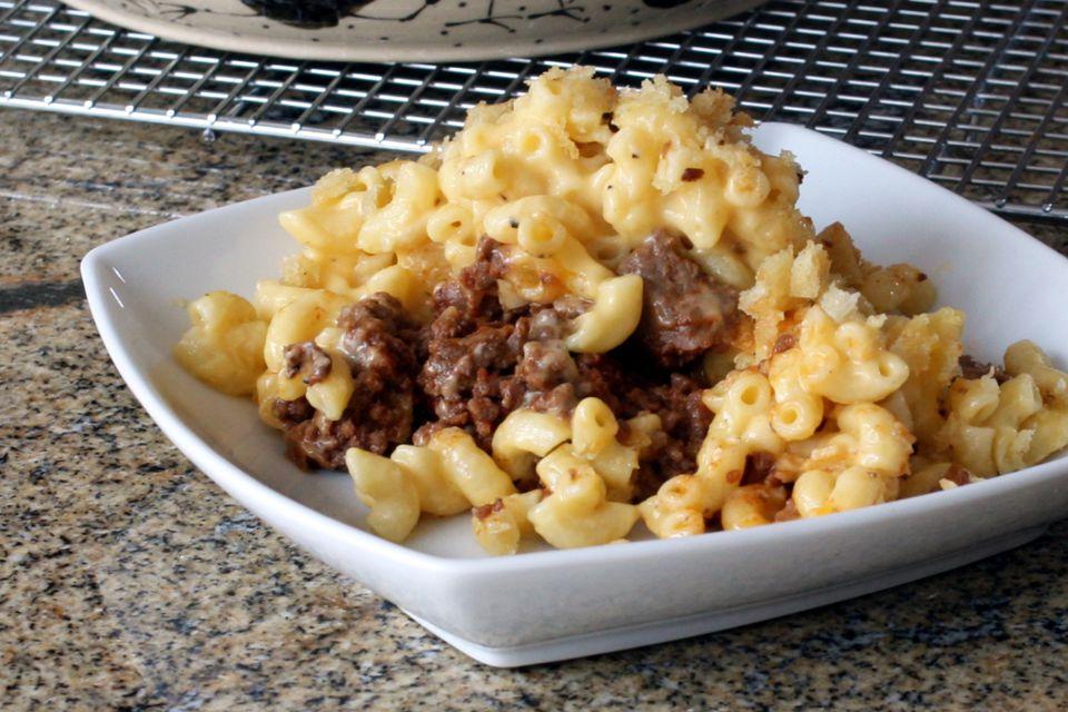 Sloppy Joe Macaroni and Cheese