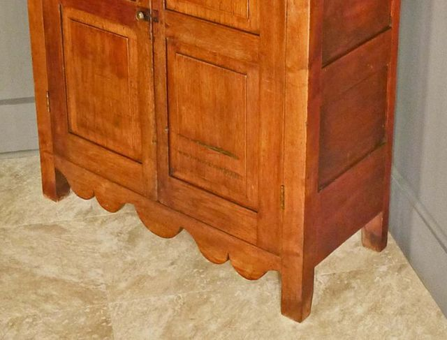 Block Feet on a Walnut Jelly Cupboard    Antiques on Hanover via  RubyLane com. Identifying Antique Furniture Foot Styles