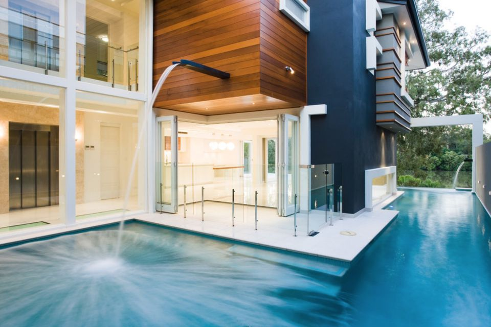 50 spectacular swimming pool waterfalls - Swimming pool water features perth ...