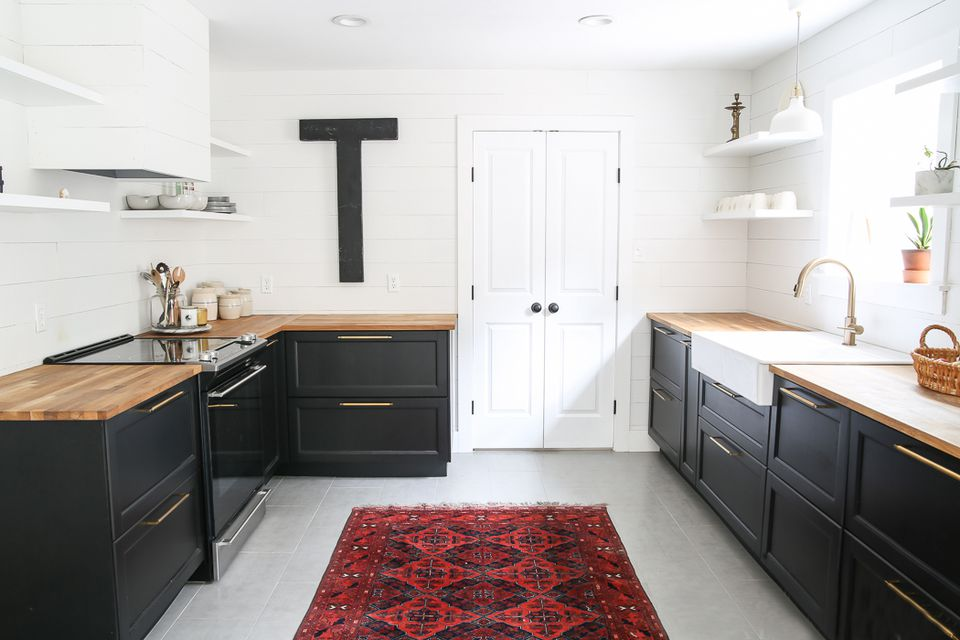 Simple-boho-shiplap-kitchen