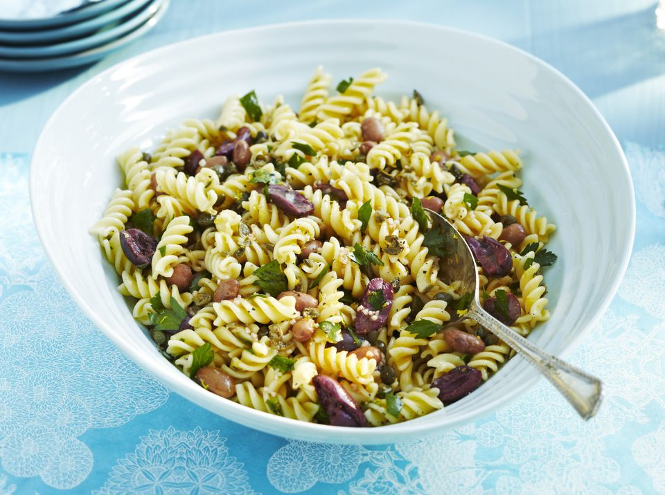 Vegetarian bean and pasta salad