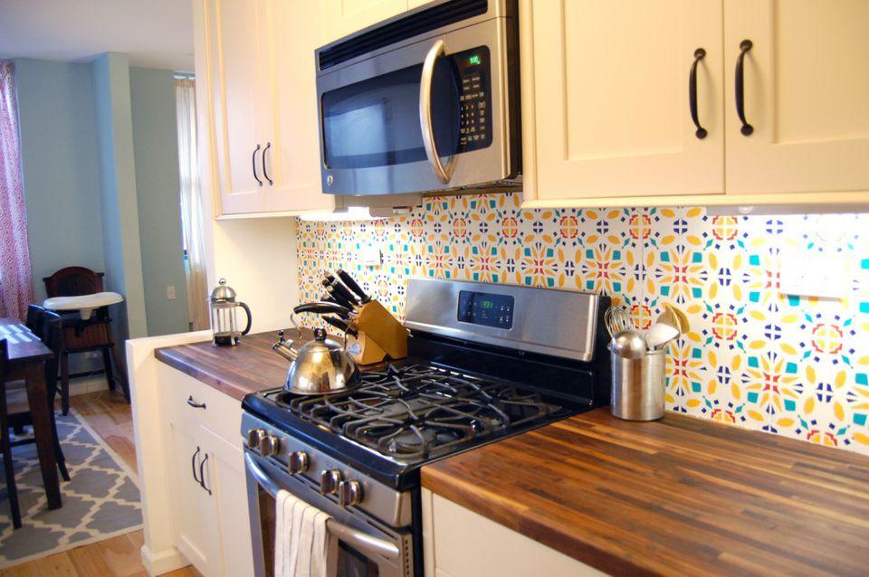 9 diy kitchen backsplash ideas for Can you wallpaper over tiles