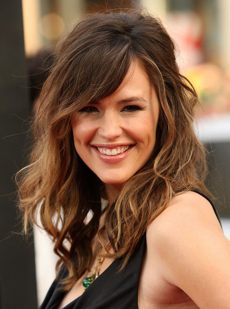 The best bangs for your face shape best bangs for square face shapes eye grazing fringe urmus Images