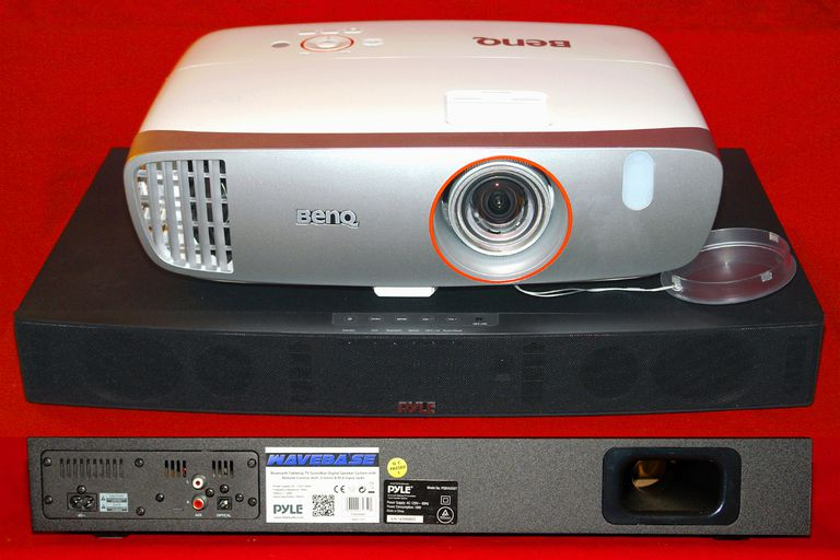 BenQ HT2150ST Video Projector With Pyle Pyle PSBV600BT Wave Base