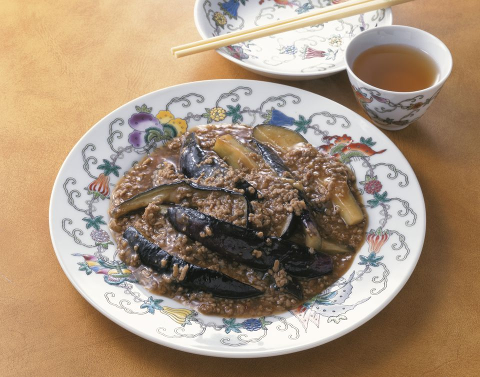 Fried eggplant with Chinese chilli sauce and pork mince