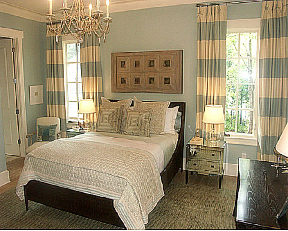 Romantic Bedroom Furniture what is the romantic decorating style?