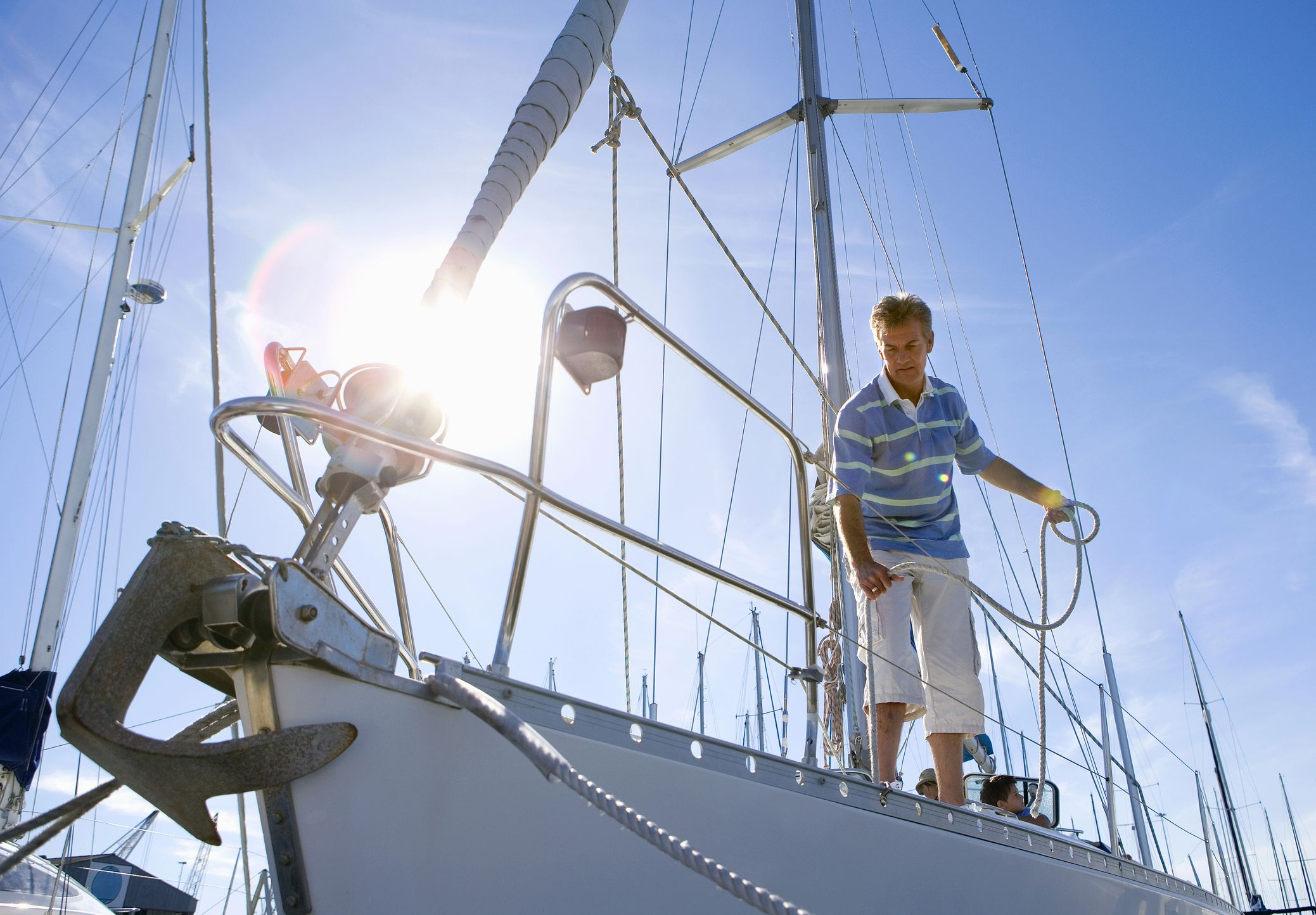 how to anchor a sailboat