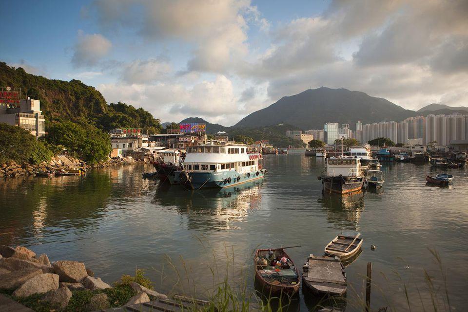 Fishing boats in harbour, Lei Yue Mun seafood bazaar.