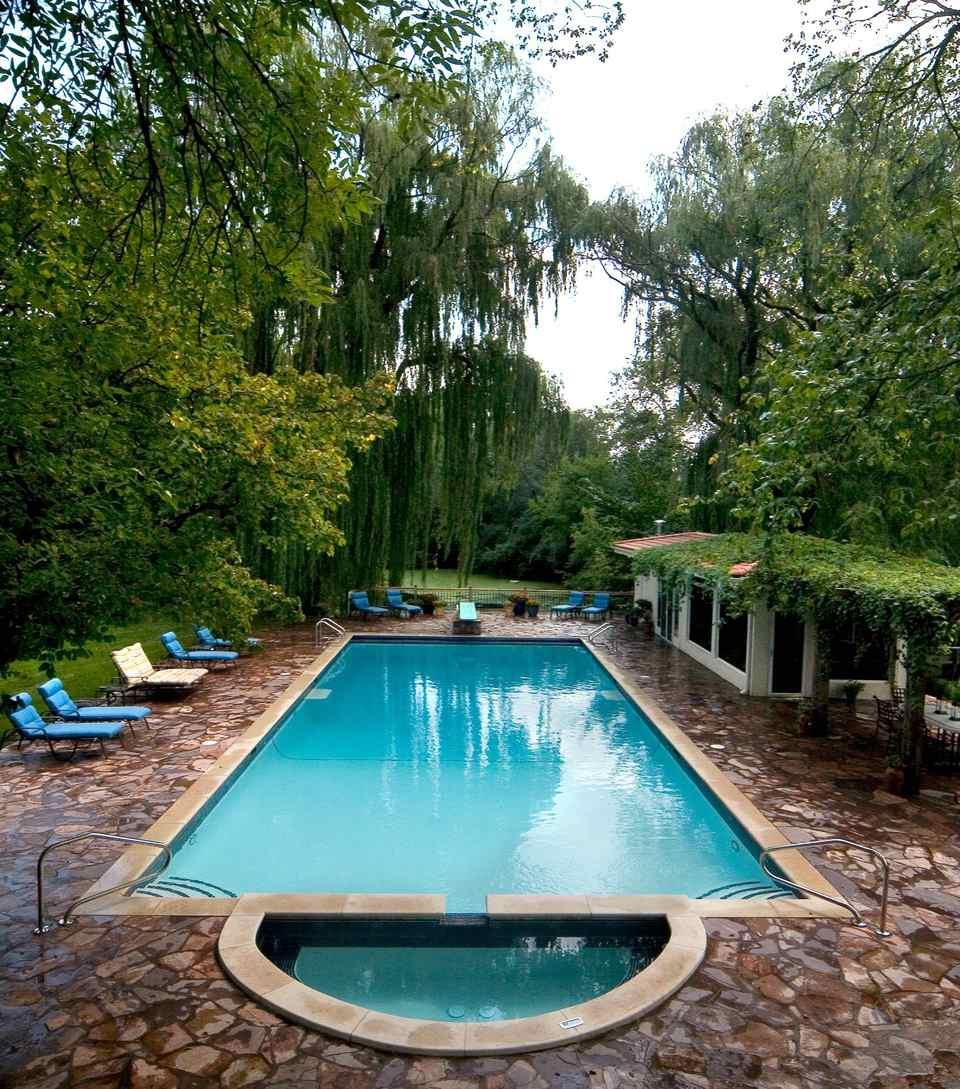 Swimming Pool Design Reference: 50 Beautiful Swimming Pool Designs