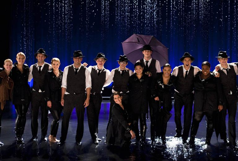 Glee Singing In the Rain