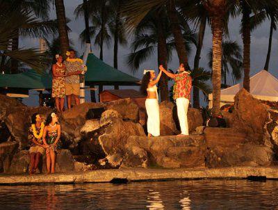 Hilton hawaiian village waikiki beach resort for Maui divers jewelry waikiki