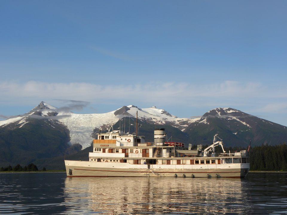 Mist Cove - Small Ship Cruising in Southeast Alaska's Inside Passage