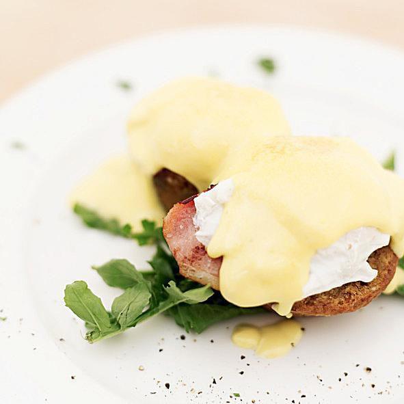 Eggs Benedict - Recipes - Egg Benedict Recipe