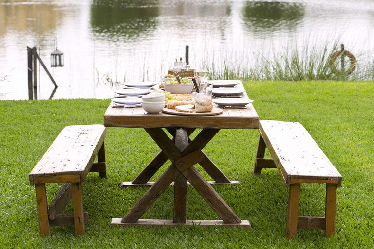 13 free picnic table plans in all shapes and sizes for Rustic picnic table plans