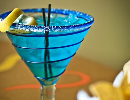 the easiest blue margarita recipe with blue curacao