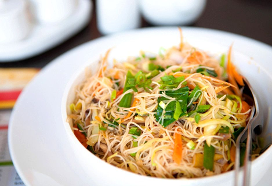 Thai Fried Thin Rice Noodles - Delicious!