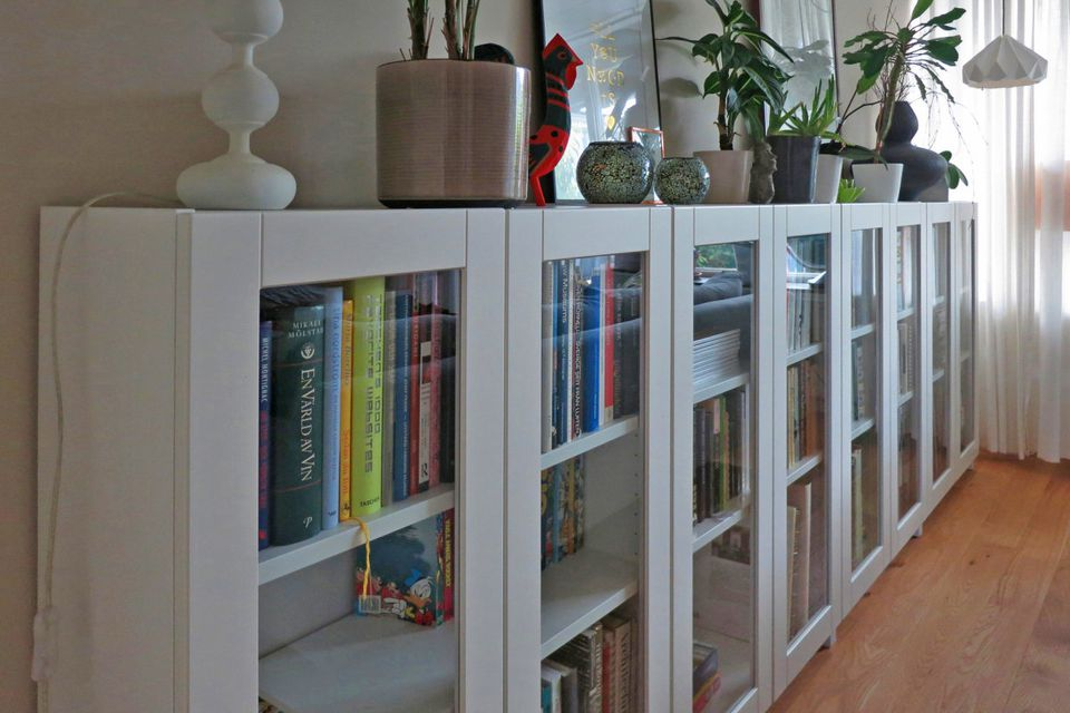 ikea hacks the best 23 billy bookcase built ins ever. Black Bedroom Furniture Sets. Home Design Ideas