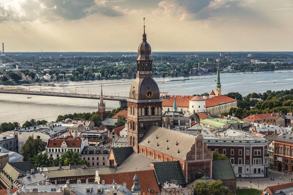 Latvia, Riga, cityscape with cathedral, castle and Vansu Bridge