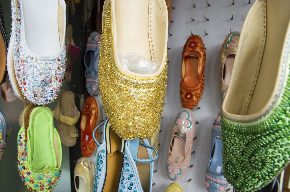 Shopping In Mumbai Top 9 Places Buy Indian Handicrafts