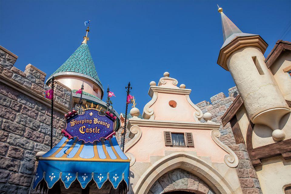Sleeping Beauty Castle Walk Through
