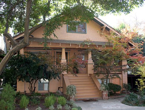 Craftsman Bungalow House In Sacramento California