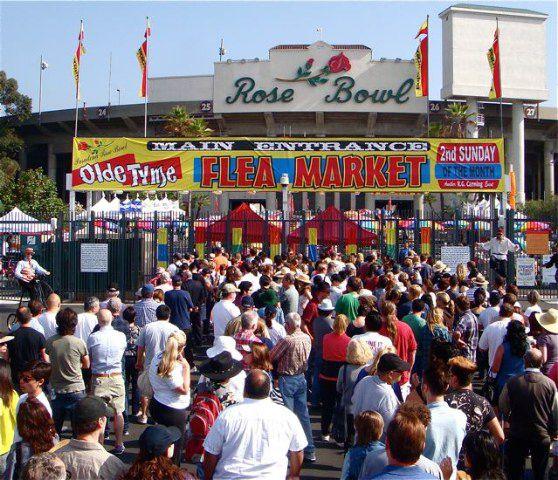Brad Pitt shops at the Pasadena Rose Bowl Flea Market