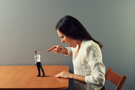 6 Ways A Spouse Uses Threats To Intimidate