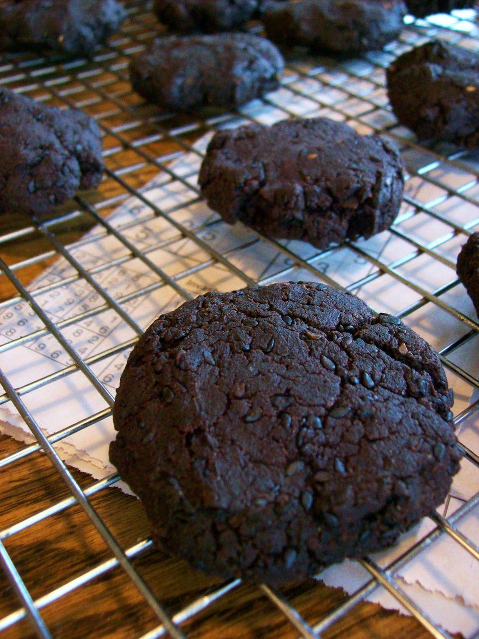 Chocolate quinoa breakfast cookies