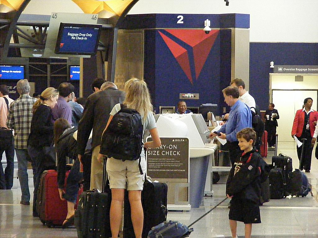 the top seven u s airlines u0027 baggage ticketing and pet fees