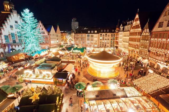 Christmas market at Romerburg Square