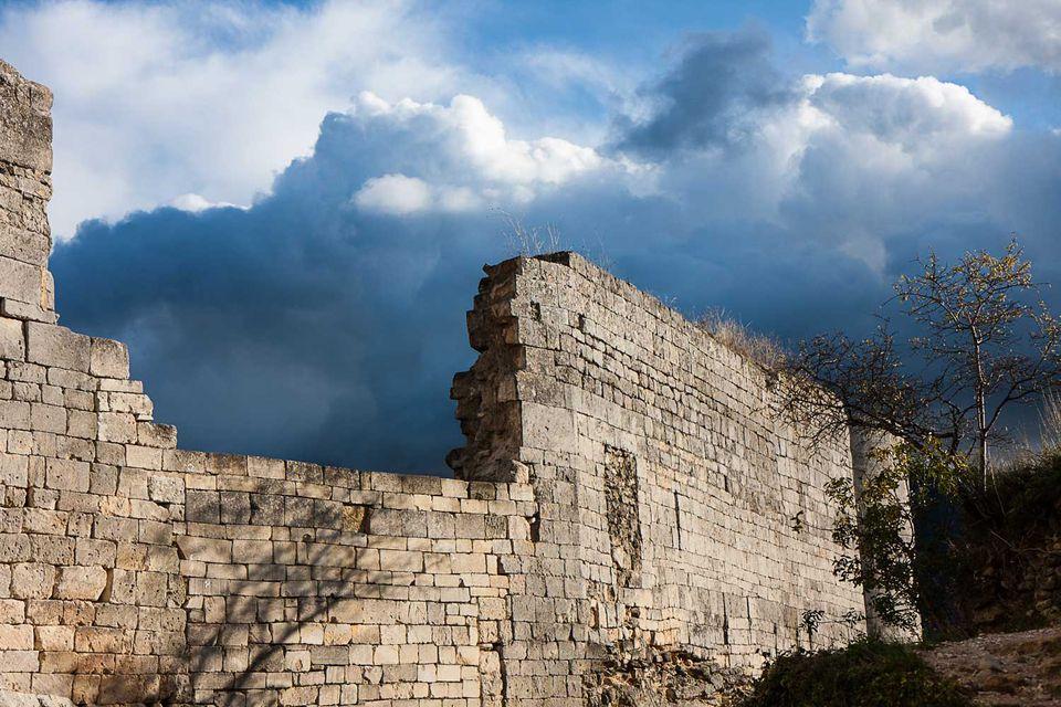 Marquis de Sade castle picture