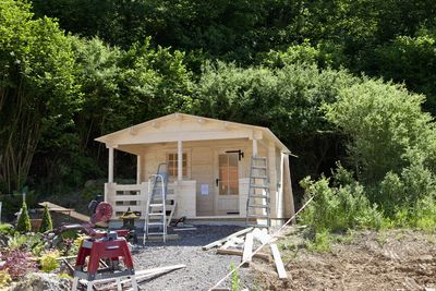 build a new storage shed with one of these 21 free plans