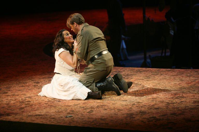 carmen-opera-georges-bizet.jpg